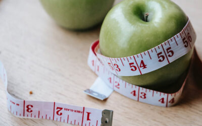 15 Simple Tips To Follow To Lose Weight, According to Dietitians
